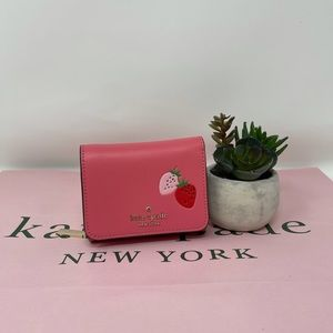 Kate spade picnic in the park SM trifold wallet
